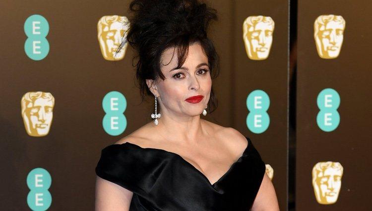 Helena Bonham Carter en la alfombra roja de los Premios BAFTA 2018