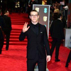 Will Poulter en la alfombra roja de los Premios BAFTA 2018