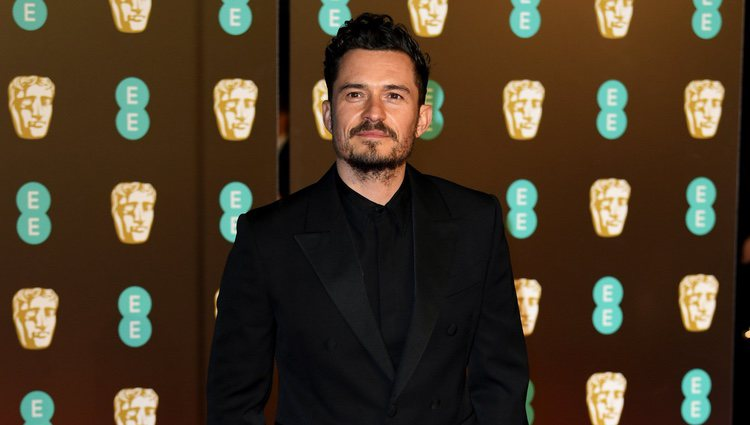 Orlando Bloom en la alfombra roja de los Premios BAFTA 2018