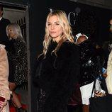 Sienna Miller en la fiesta de Vogue tras los BAFTA