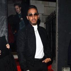 Lewis Hamilton en la fiesta de Vogue tras los BAFTA