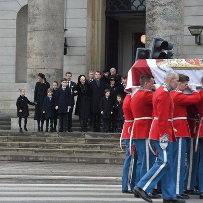 La Familia Real Danesa despide a Enrique de Dinamarca en su funeral