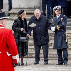 Constantino y Ana María de Grecia en el funeral de Enrique de Dinamarca