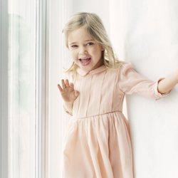 Leonor de Suecia muy sonriente