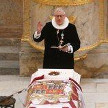 El féretro de Enrique de Dinamarca con tierra de Cayx en su funeral