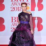 Noomi Repace en la alfombra roja de los Brit Awards 2018