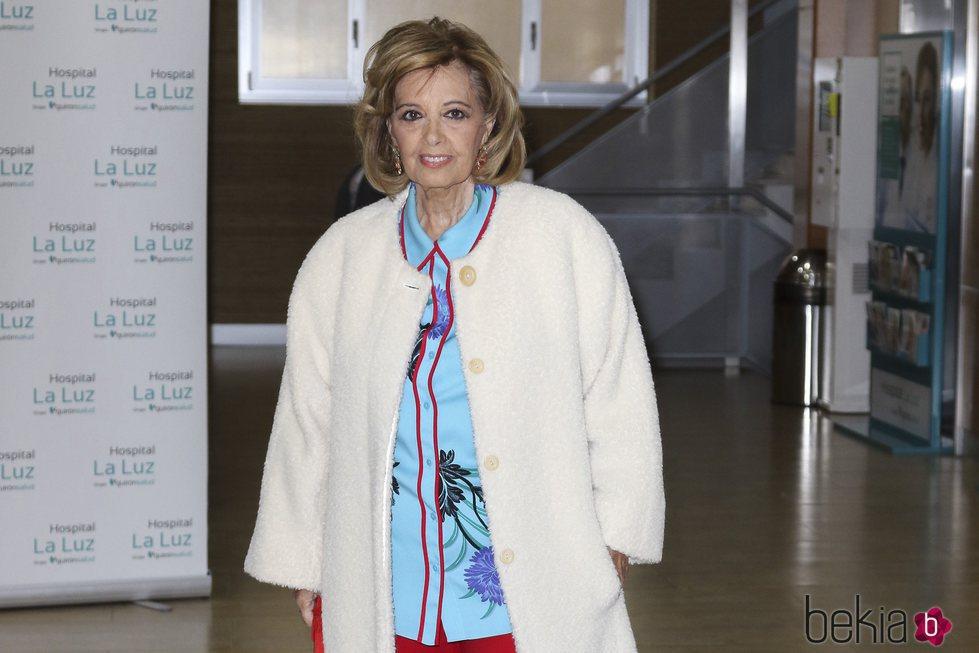 María Teresa Campos abandona el hospital tras recibir el alta
