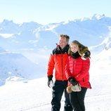 Guillermo Alejandro de Holanda y la Princesa Amalia en su posado de invierno en Lech