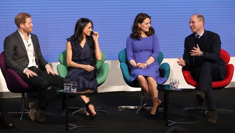 Los Duques de Cambridge, el Príncipe Harry y Meghan Markle en el I Forum de la Royal Foundation