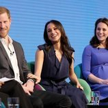 El Príncipe Harry, Meghan Markle y Kate Middleton en el Forum de la Royal Foundation