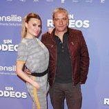 Gustavo González y María Lapiedra en la premier de 'Sin Rodeos'
