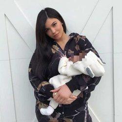 Kylie Jenner con la pequeña Stormi