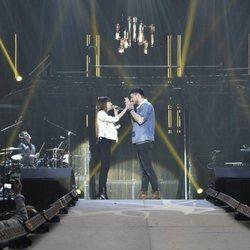 Aitana y Cepeda durante los ensayos del primer concierto de la gira de 'OT 2017'