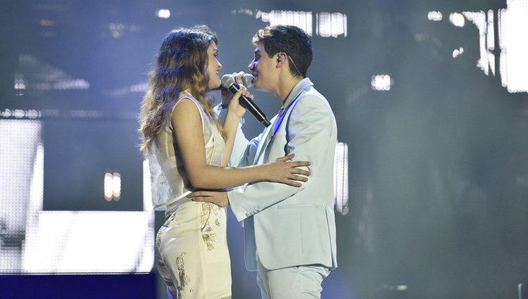 Alfred y Amaia en el primer concierto de la gira de 'OT 2017' en Barcelona