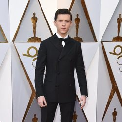 Tom Holland en la alfombra roja de los Premios Oscar 2018