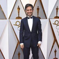 Gael García Bernal en la alfombra roja de los Premios Oscar 2018