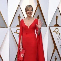 Allison Janney en la alfombra roja de los Premios Oscar 2018