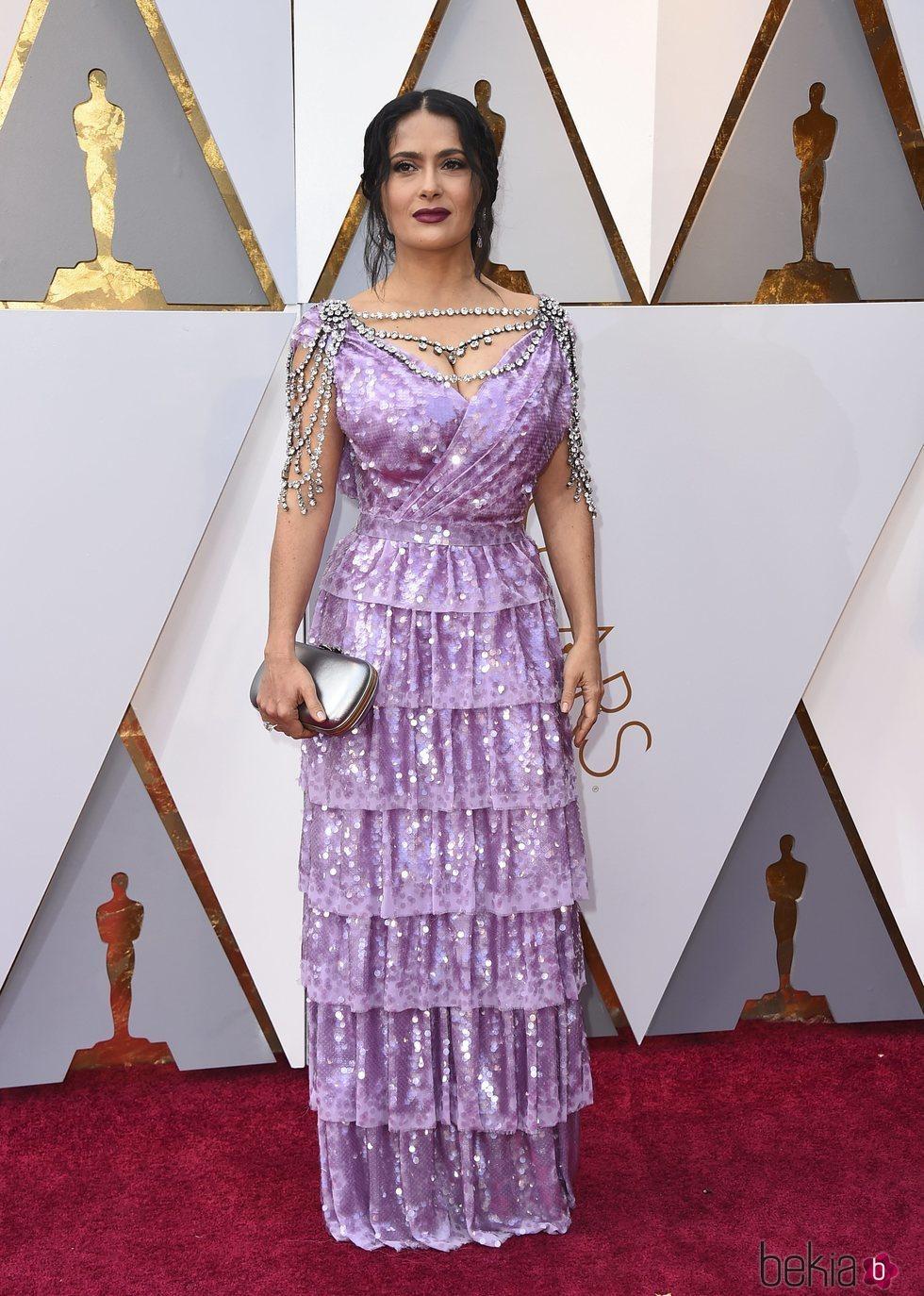 Salma Hayek en la alfombra roja de los Premios Oscar 2018