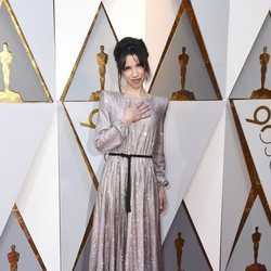 Sally Hawkins en la alfombra roja de los Premios Oscar 2018
