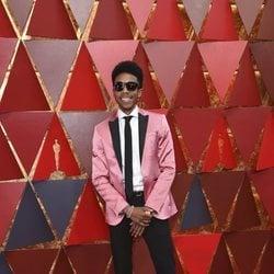 Darrell Britt-Gibson en la alfombra roja de los Premios Oscar 2018
