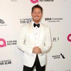 Jacob Diamond en la fiesta de la Fundación Elton John tras los Oscar 2018