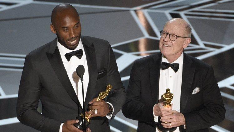 Kobe Bryant y Glen Keane ganan el Oscar 2018 a mejor corto animado