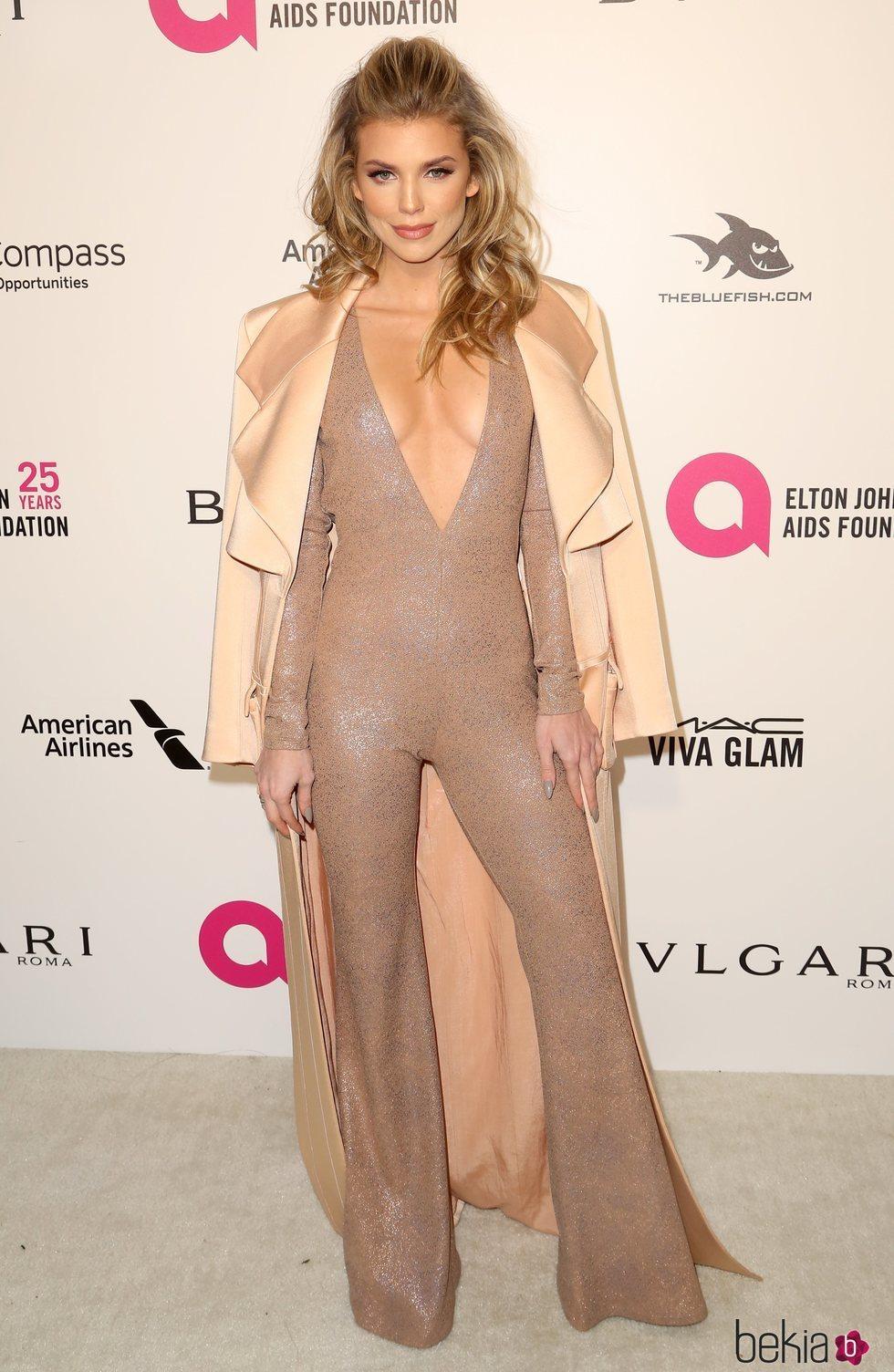 AnnaLynne McCord en la fiesta de la Fundación Elton John tras los Oscar 2018