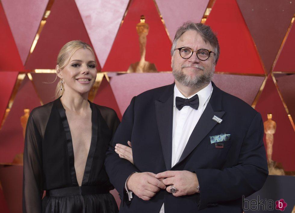 Guillermo del Toro acude a la gala de los Oscar 2018 con la guionista Kim Morgan