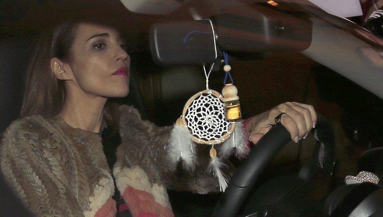 Paula Echevarría conduciendo su coche