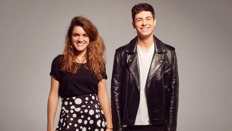 Alfred y Amaia, sonrientes en el posado oficial de Eurovisión 2018