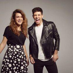 Alfred y Amaia, divertidos en el posado oficial de Eurovisión 2018