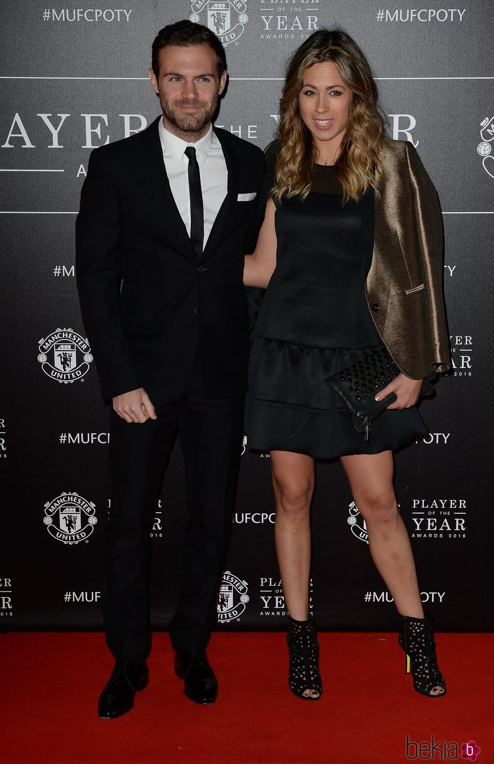 Juan Mata y Evalina Kamph en la gala Manchester United Player of The Year Awards 2016