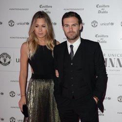 Juan Mata y Evalina Kamph en la gala Unicef 2016 en Manchester