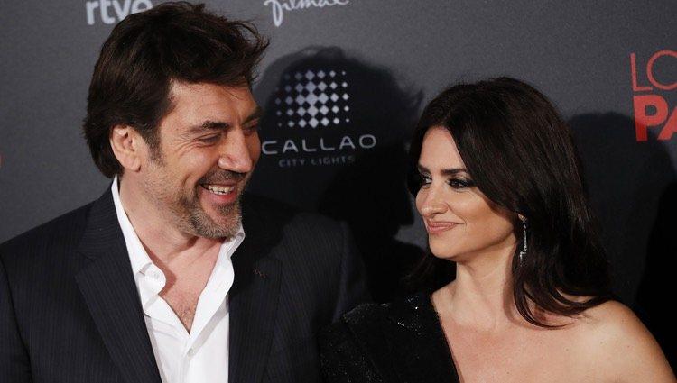 Penélope Cruz y Javier Bardem en la premiere de 'Loving Pablo'