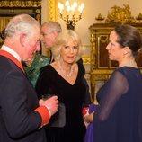 El Príncipe Carlos, Camilla Parker y el Príncipe Andrés con la Princesa Zahra Aga Khan