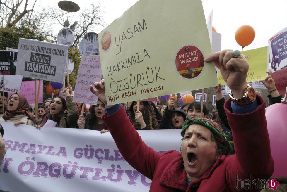 Manifestación por el Día de las Mujeres en Turquía