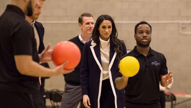 El Príncipe Harry y Meghan Markle visitan Nechells Wellbeing Centre en Birmingham