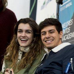 Amaia y Alfred firmando discos en El Corte Inglés de Alcorcón, Madrid