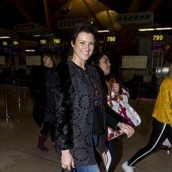 María Jesús Ruiz en el aeropuerto poniendo rumbo a 'Supervivientes 2018'