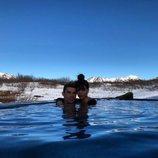 Cristiano Ronaldo y Georgina Rodríguez bañados en aguas termales en Islandia