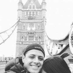 Andrea Duro y Chicharito en Londres