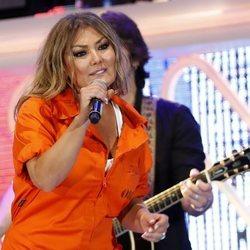 Amaia Montero durante su actuación en los Premios Cadena Dial 2018