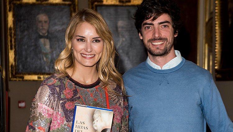Alba Carrillo y David Vallespín en la presentación del libro de Sandra Barneda