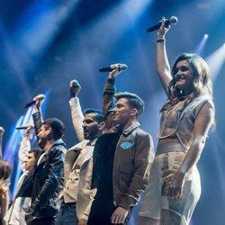 Los chicos de OT2017 cantando en el concierto de la gira en Madrid
