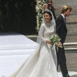 Alessandra de Osma luciendo su vestido diseñado por Jorge Vázquez