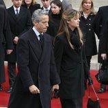 Francisco Javier Suárez Illana junto a su mujer en el funeral de su padre Adolfo Suárez