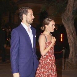 El Príncipe Felipe de Grecia y Nina Flohr en el cocktail posterior a la boda de Christian y Sassa de Hannover