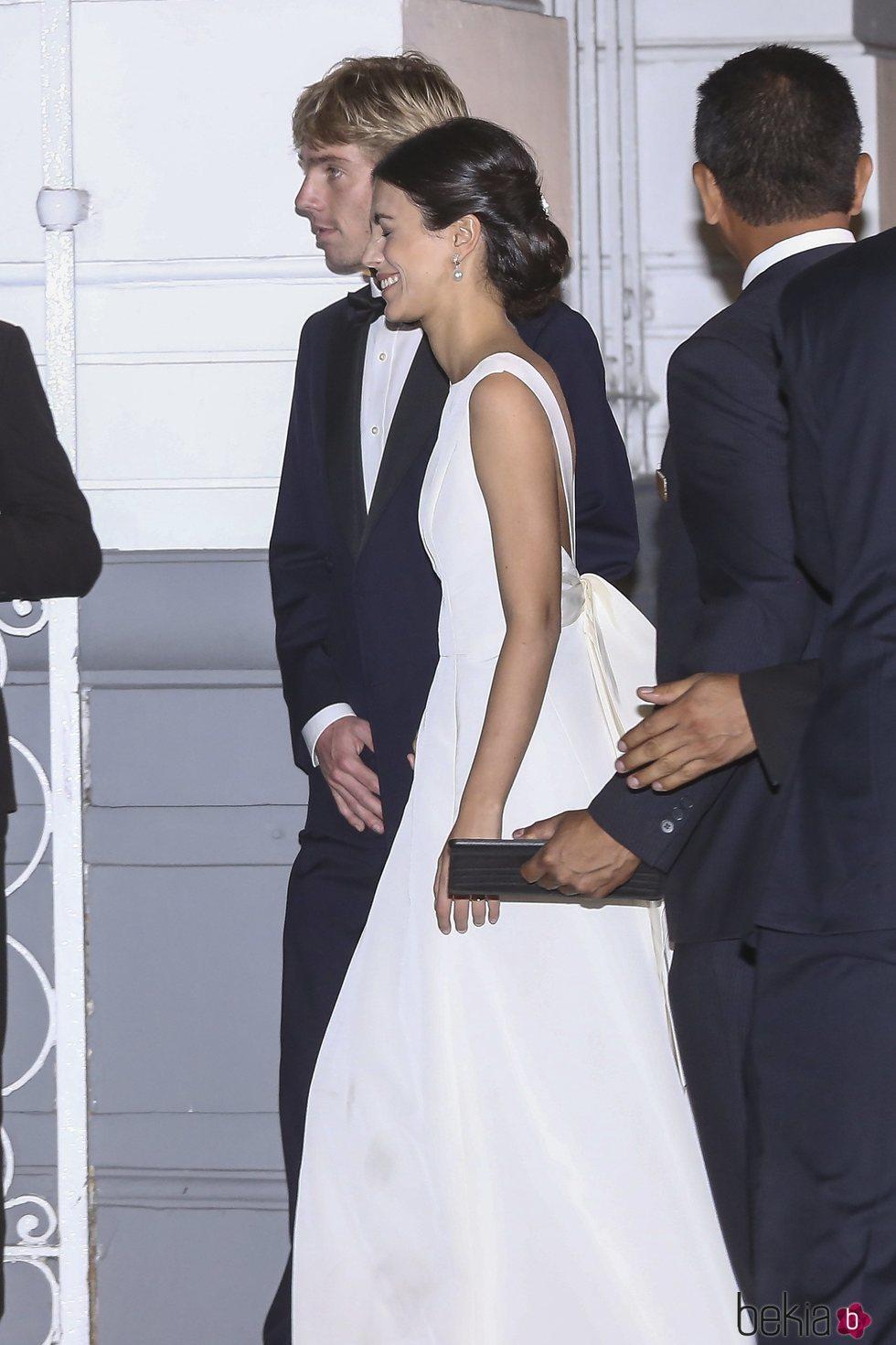 El Príncipe Christian de Hannover y Alessandra de Osma en su fiesta de largo