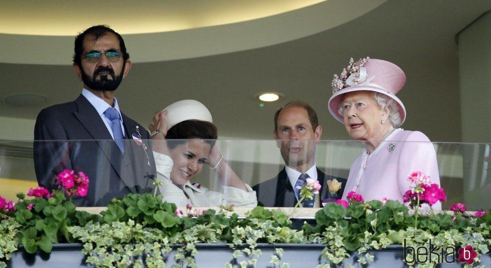 El Emir de Dubái, Haya de Jordania, el Príncipe Eduardo y la Reina Isabel