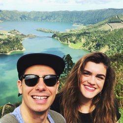 Alfred y Amaia disfrutando de las Azores